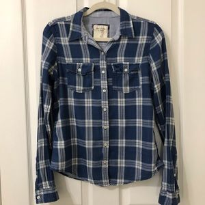 Abercrombie & Fitch Long Sleeve Button Down Blouse